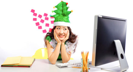 10 Tips for Staying Focused at Work During the Holidays